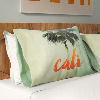 California Hotel Pillowcase Size: Standard