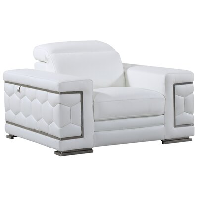Hawkesbury Common Luxury Italian Leather Upholstered Living Room Club Chair Upholstery: White