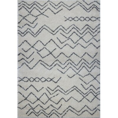 Cedar Shaggy Ivory/Gray Area Rug Rug Size: Rectangle 65 x 95