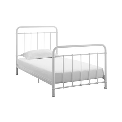 Angelita Platform Bed Size: Full, Bed Frame Color: White