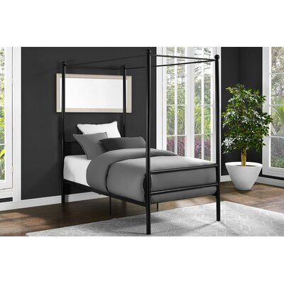 Maderia Canopy Bed Size: Twin