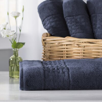 Pierce Bath Towel Color: Windsor Navy