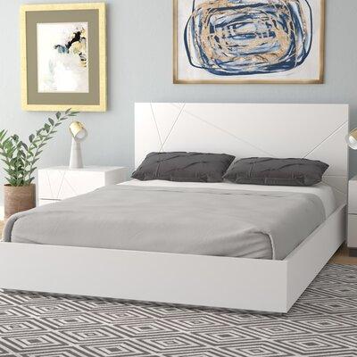 Ram Platform Bed Size: Queen