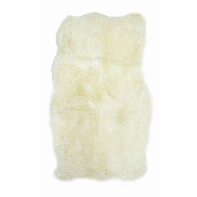 Jeffrey Icelandic Sheepskin Ivory Area Rug