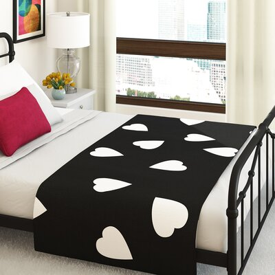 Suzanne Carter Hearts Bed Runner Color: White