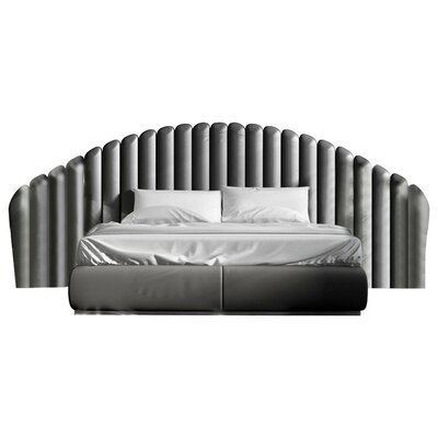 Berkley Platform Bed Size: King