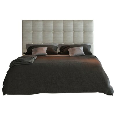 Berkley Panel Bed Size: Queen