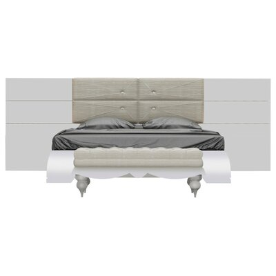 Rhea Platform Bed Size: King