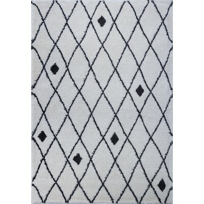 Fallsburg Shaggy Trellis Ivory/Dark Gray Area Rug Rug Size: Rectangle 52 x 75