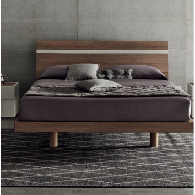 Joker Platform Bed Size: King, Color: Beige