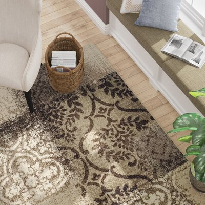 Maggie Beige/Gray Area Rug Rug Size: 5 x 8