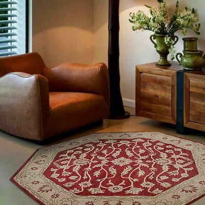 Lindauer Hand-Tufted Wool Red/Ivory Area Rug