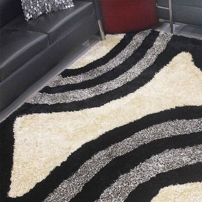 Henricks Hand-Tufted Black/Ivory Area Rug Rug Size: Rectangle 4 x 6