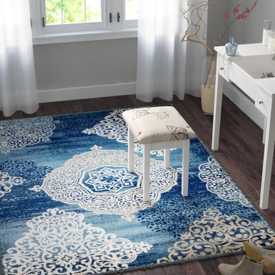 Anita Medallion Navy Blue Area Rug Rug Size: 5 x 7