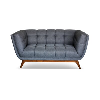 Giesen Loveseat