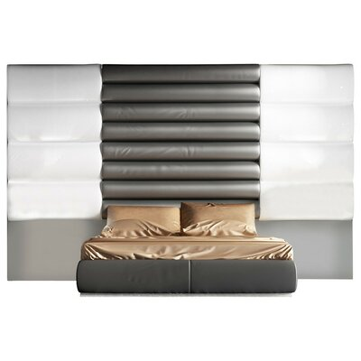 Berkley Platform Bed Size: Queen