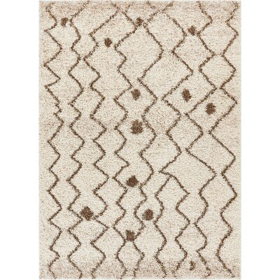 Kuester Shag Penta Vanilla Area Rug Rug Size: Rectangle 67 x 910