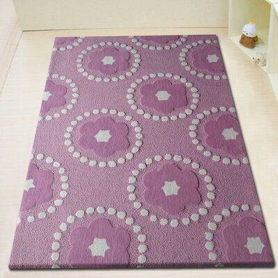 Hazeltine Hand-Tufted Pink/White Area Rug