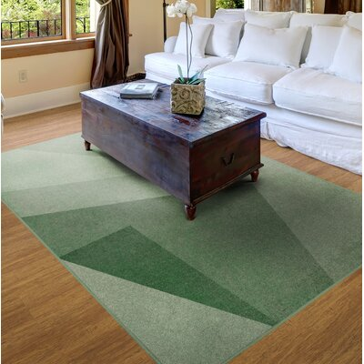 Green Area Rug Rug Size: 5 x 8