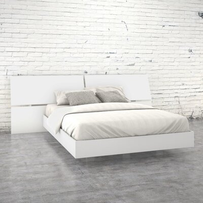 Kucera Platform Bed Size: Queen, Color: White