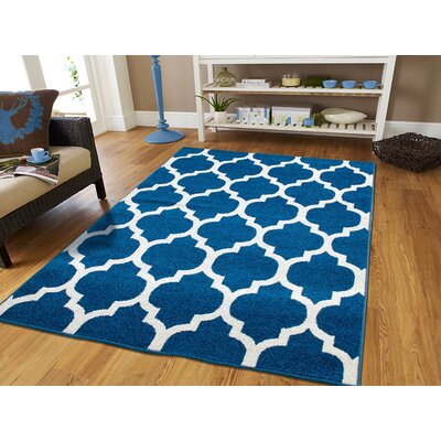 Daisy Wool Blue Indoor/Outdoor Area Rug Rug Size: Rectangle 5 x 8