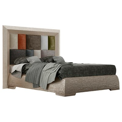Petry Panel Bed Size: King
