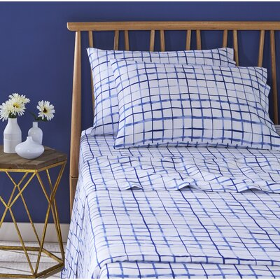 Watercolor Plaid Pillowcase Pair Size: King, Color: Blue