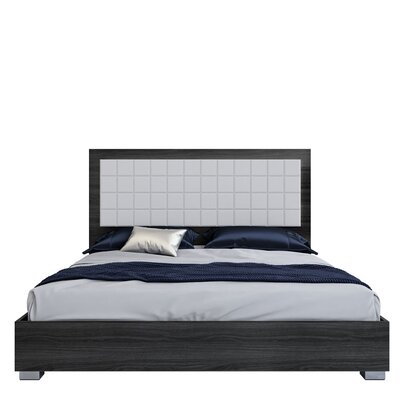 Granberry Platform Bed Color: Midnight Gray, Size: King