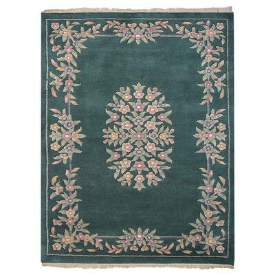 Selma Persian Hand-Woven Wool Green Area Rug