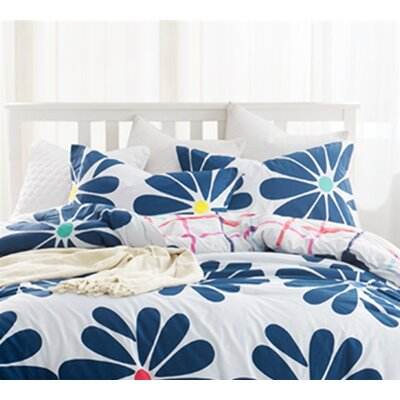 Montelongo Bloom Sham Size: Standard