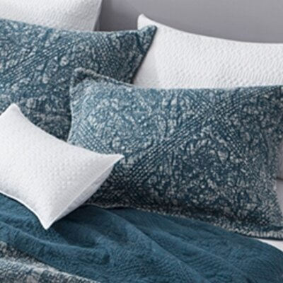 Florez Gradient Stone Washed Cotton Sham Size: King, Color: Navy
