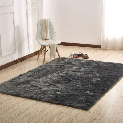 Manya Hand-Tufted Gray Area Rug