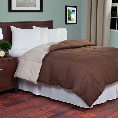 Reversible Fill Warmth Down Alternative Comforter Color: Chocolate / Tan