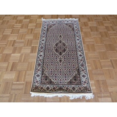 One-of-a-Kind Raiden Hand-Knotted Wool Ivory Area Rug Rug Size: Rectangle 26 x 48