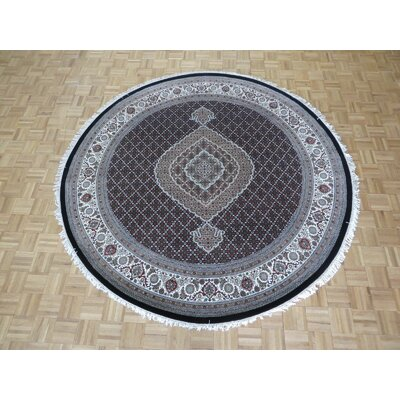 One-of-a-Kind Raiden Hand-Knotted Black Area Rug Rug Size: Round  6