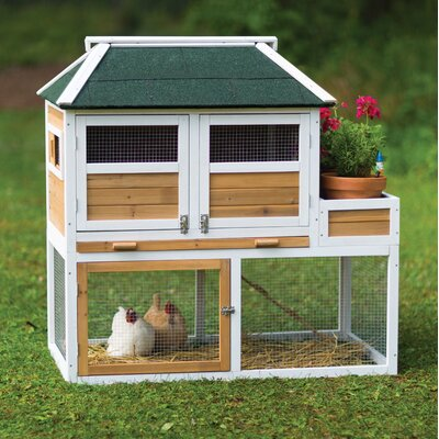 Prevue Pet Chicken Coop with Herb Planter
