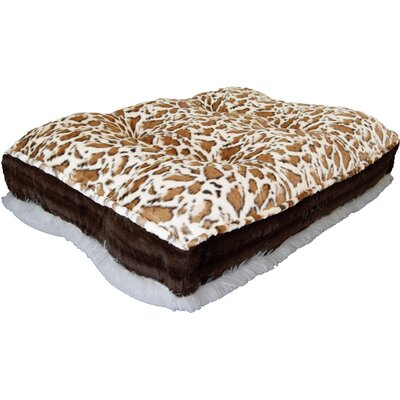 Sicilian Rectangle Bed Pad Size: Large (46 W x 35 D x 14 H)