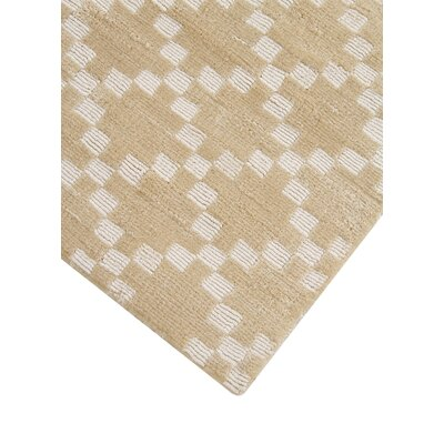 Teressa Diamond Hand-Woven Wool Mist Area Rug Rug Size: Runner 2x 6