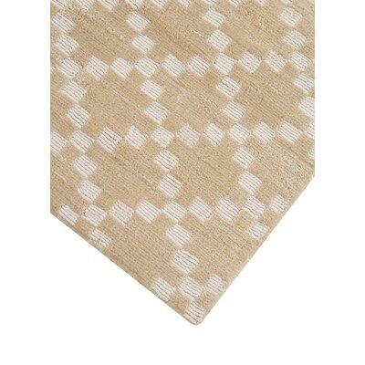 Teressa Diamond Hand-Woven Wool Beige Area Rug Rug Size: Runner 2x 6