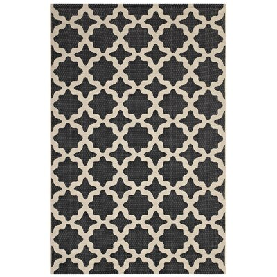 Hervey Bay Moroccan Trellis Black/Beige Indoor/Outdoor Area Rug Rug Size: Rectangle 5 x 8