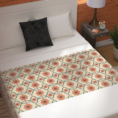 Nandita Singh Floral Pattern Bed Runner Color: Peach/Orange