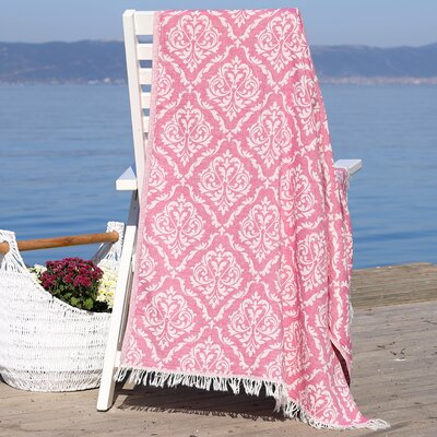 Damask Delight Pestemal Beach Towel Color: Red