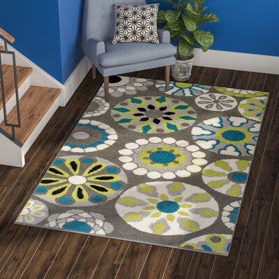 Darchelle Medallion Gray Area Rug Rug Size: Rectangle 5 x 8