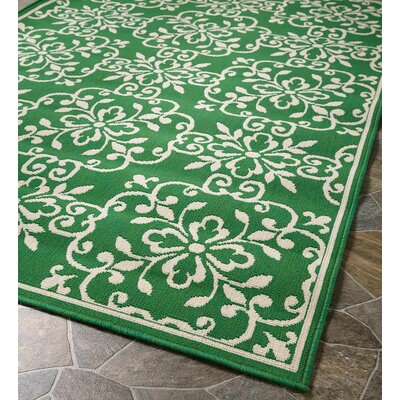 Lexington Square Medallion Green Indoor/Outdoor Area Rug Rug Size: Round 710