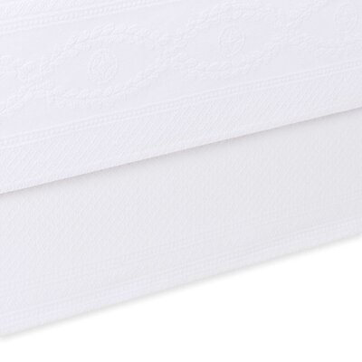 Williamsburg Abby Bed Skirt Color: White, Size: King