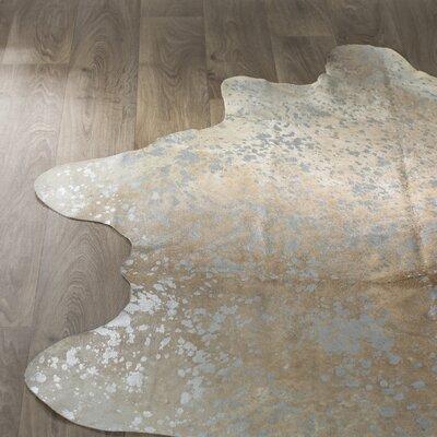 Bretta Beige/Silver Area Rug