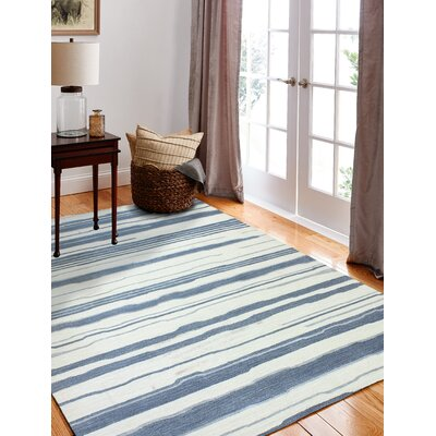 Harman Hand-Woven Ivory/Blue Area Rug Rug Size: Rectangle 56 x 86