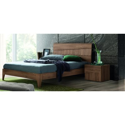 Ranie Panel Bed Size: King