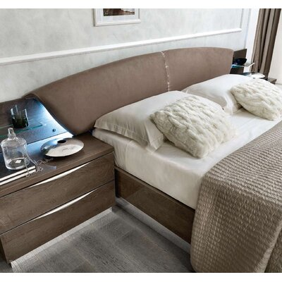 Edwards Upholstered Platform Bed Color: Silver Birch, Size: King