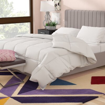 Microfiber Shell All Season Down Alternative Comforter Size: Queen